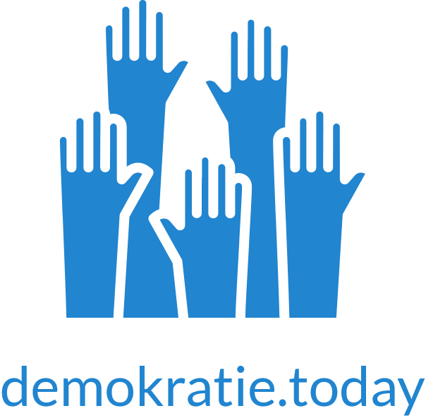 logo_blue_text